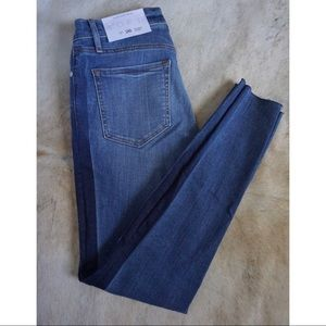 ✨ 🆕 LOFT skinny ankle jeans